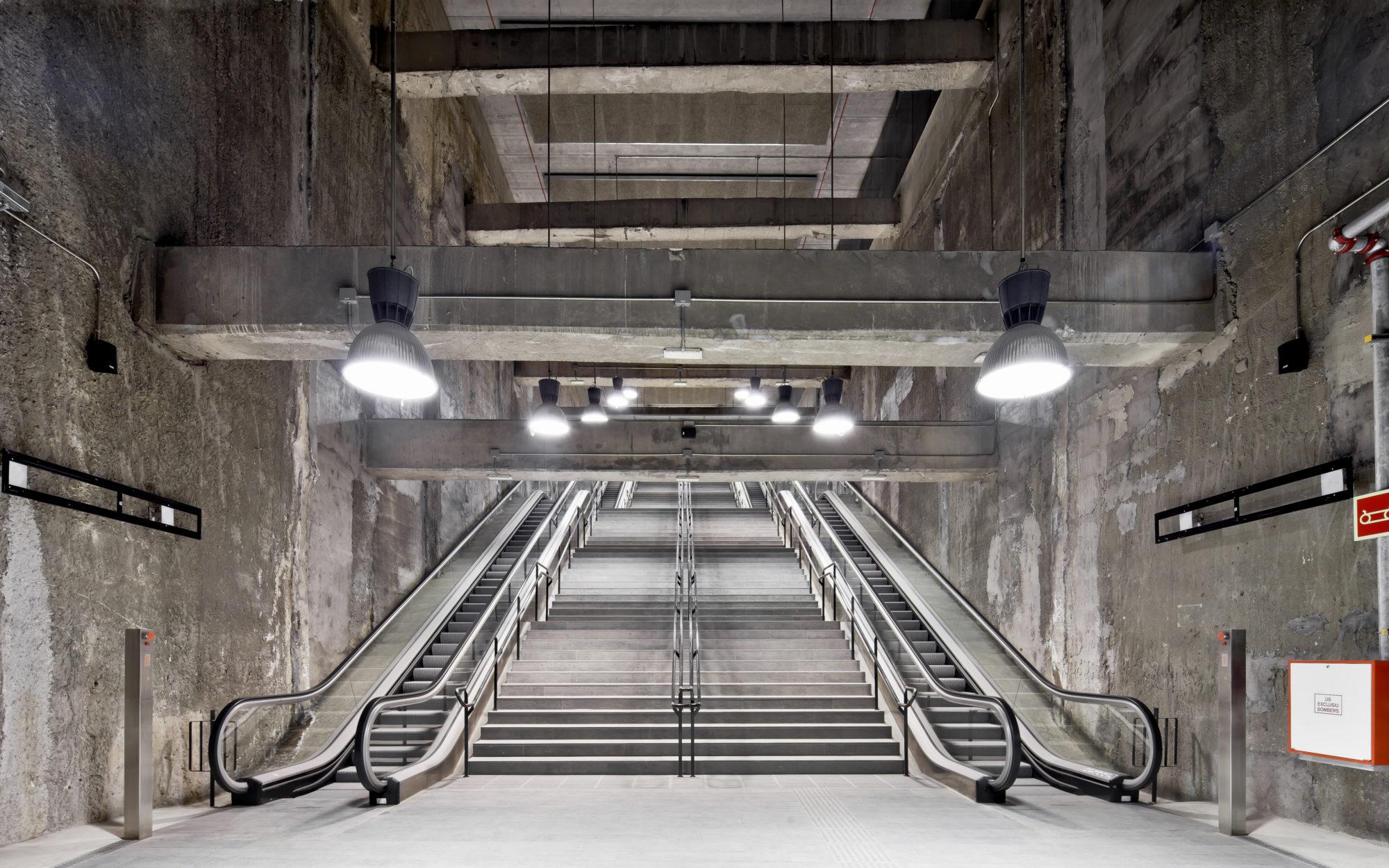Tres estacions de metro L9 - Garcés - de Seta - Bonet