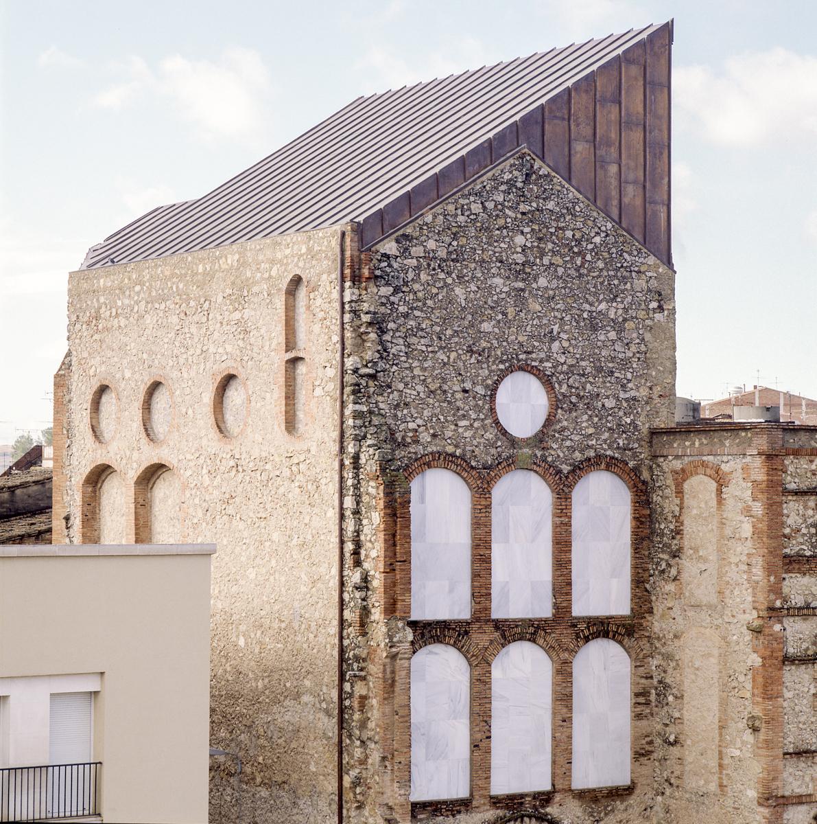 Escuela de pintura mural en Sant Sadurní - Garcés - de Seta - Bonet