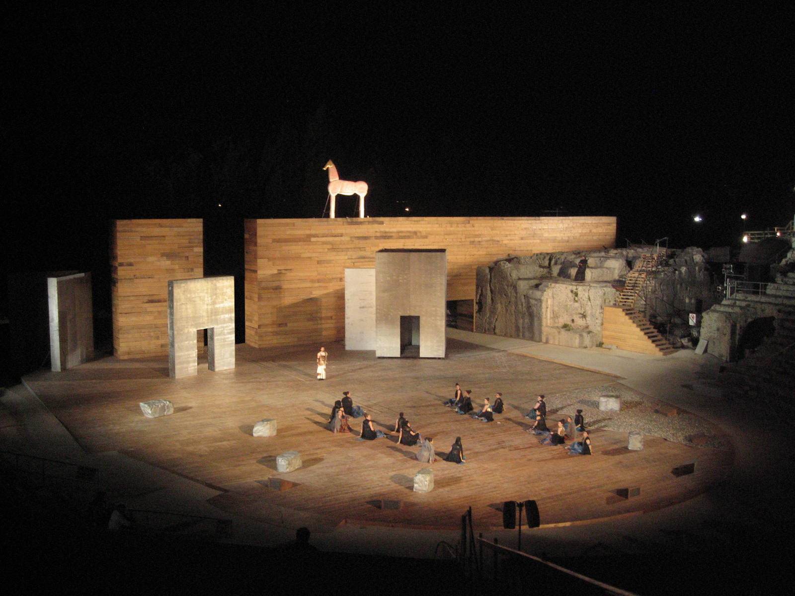 Stage designs for the Greek Theater of Syracusa - Garcés - de Seta - Bonet