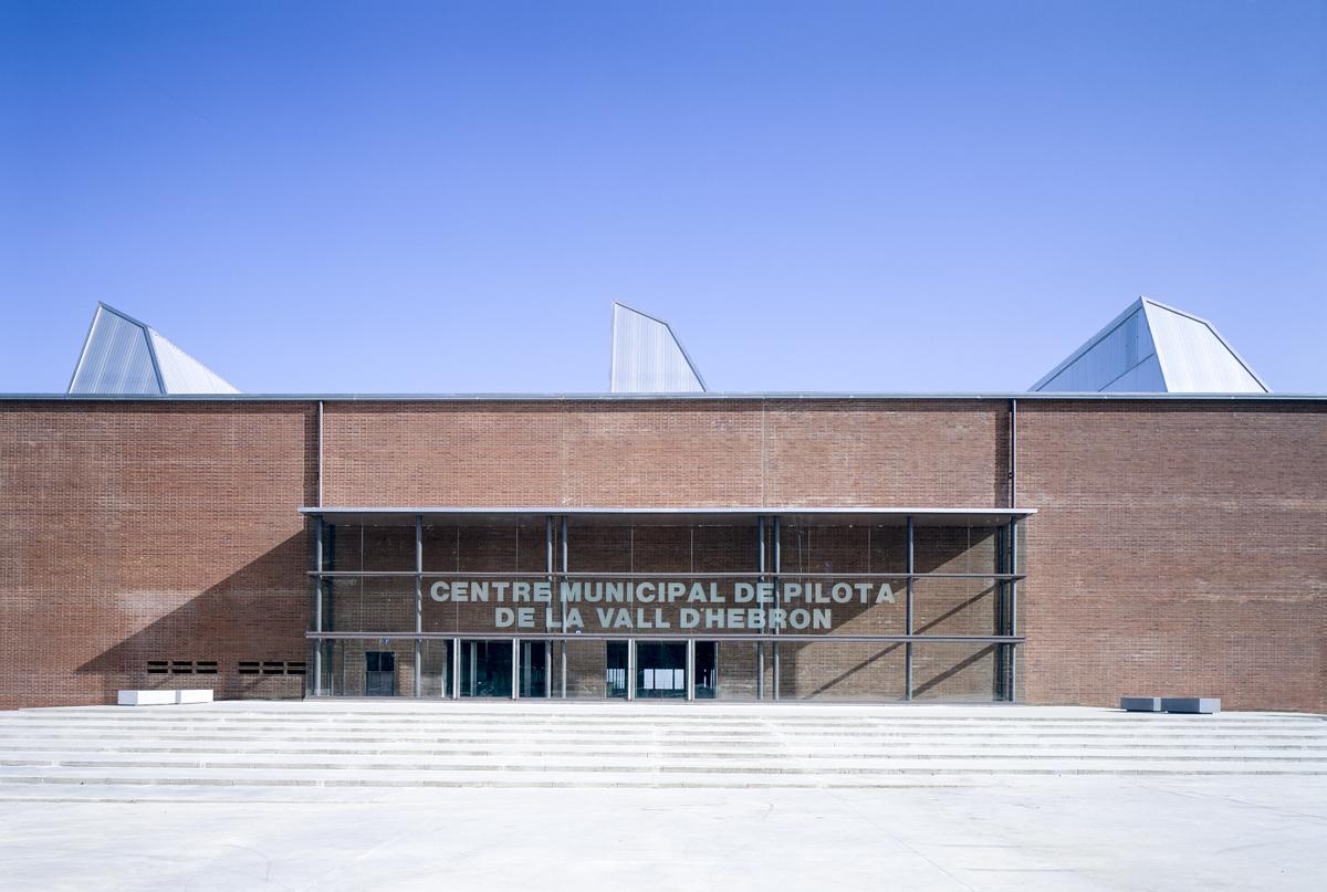Olympic Pavilion in Vall d'Hebron - Garcés - de Seta - Bonet