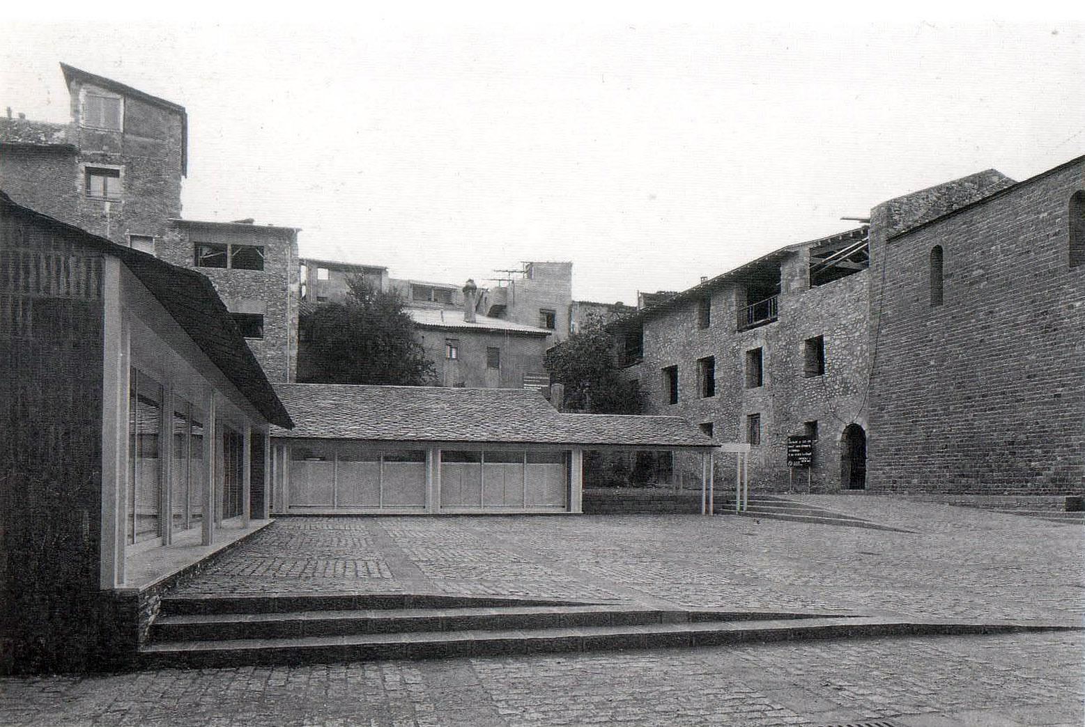 Centre social per a la tercera edat - Garcés - de Seta - Bonet
